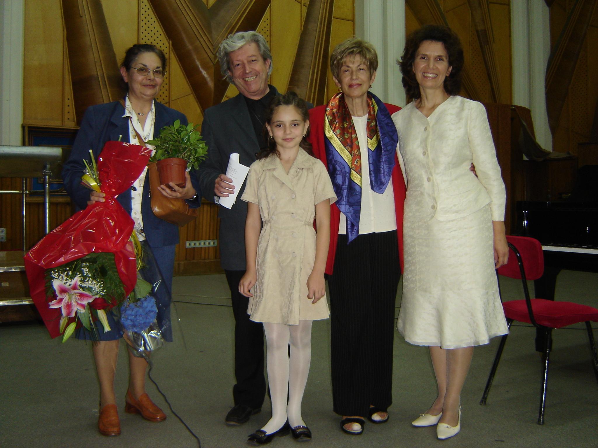 cu  Rodica Sava, Prof.Univ.Dr. Şerban Dimitrie Soreanu şi Prof.Dr. Adriana Bocăneanu, Bucureşti 2007