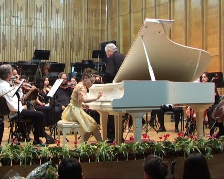 cu Maestrul Ilarion Ionescu - Galaţi şi Orchestra