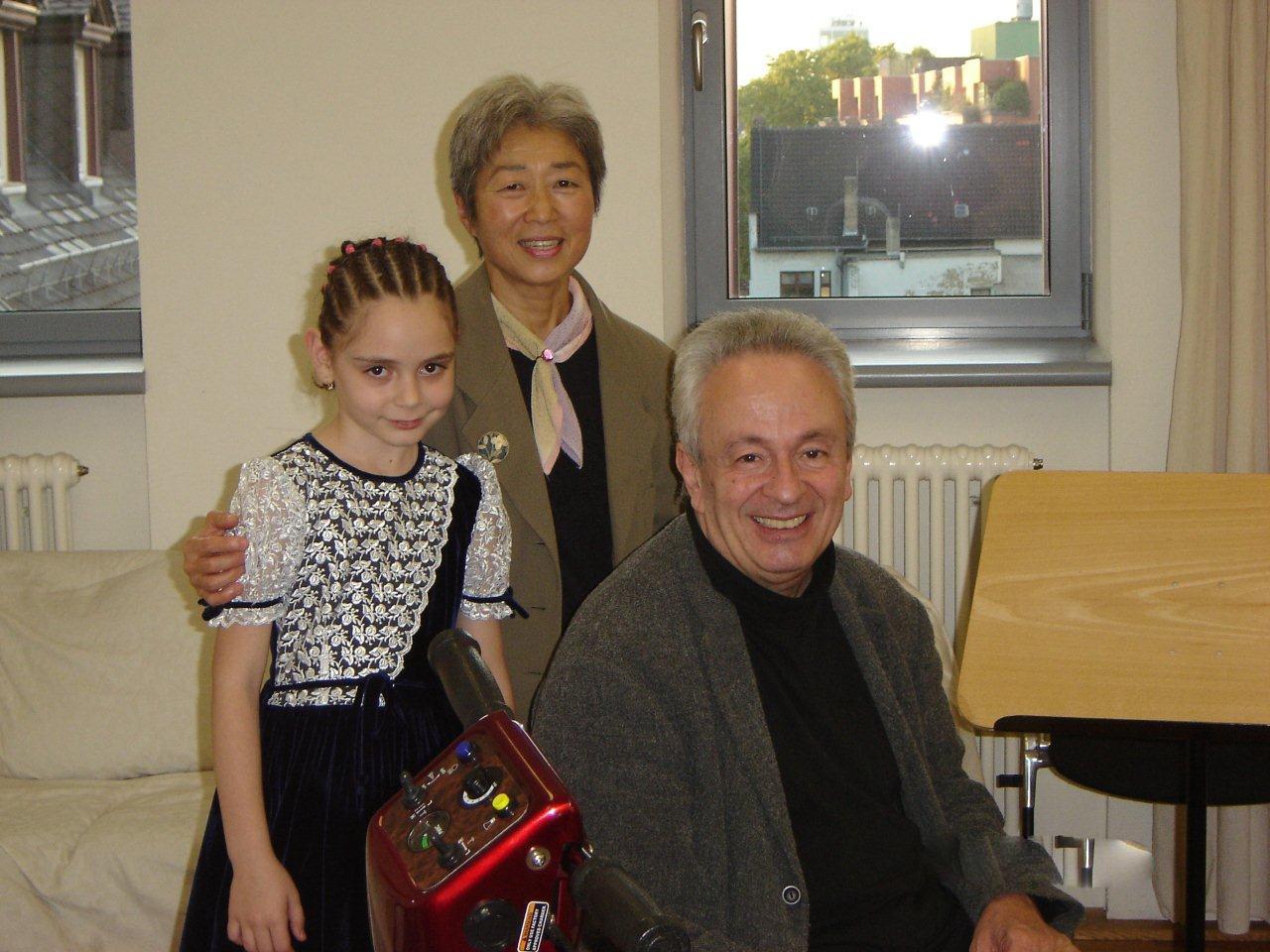 cu Prof.Univ.Dr. Paul Dan & Dr. Haruko Kumagai, Mannheim 2006